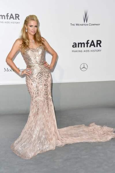 Paris Hilton à la soirée de l'AmfAR à Antibes, le 22 mai 2014