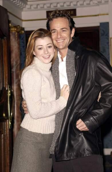 Luke Perry et Alyson Hannigan ont joué ensemble dans la pièce Quand Harry rencontre Sally