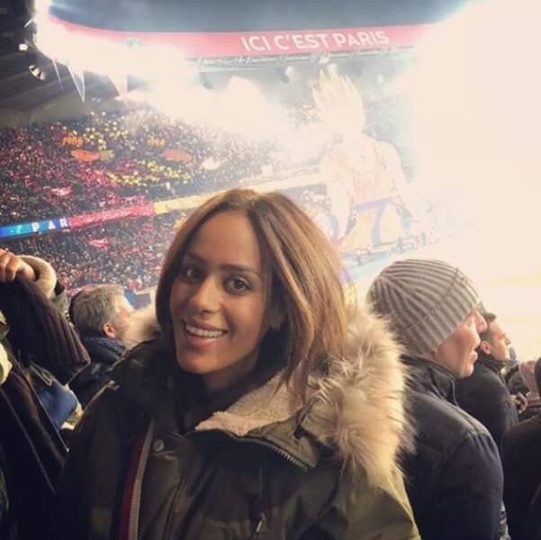 Amel Bent au match PSG/OM