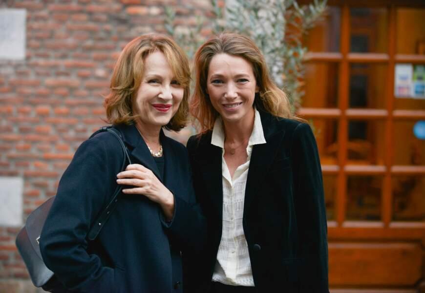 Nathalie Baye et Laura Smet affichent également une forte ressemblance.