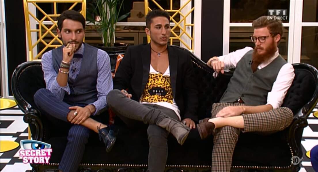 Le gang des pantalons à motifs a élu domicile sur le canapé