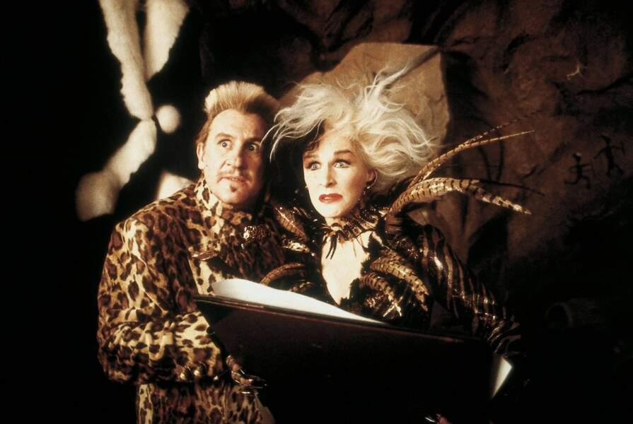 Avec Glenn Close dans Les 102 Dalmatiens (2001)
