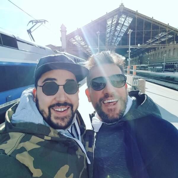 On espère que vous avez autant le sourire qu'Artus et Titoff qui se sont croisés par hasard à Marseille.