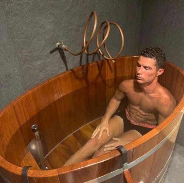 Nous on rêve du même programme que Cristiano Ronaldo (mais on n'a pas de baignoire, on vit à Paris).