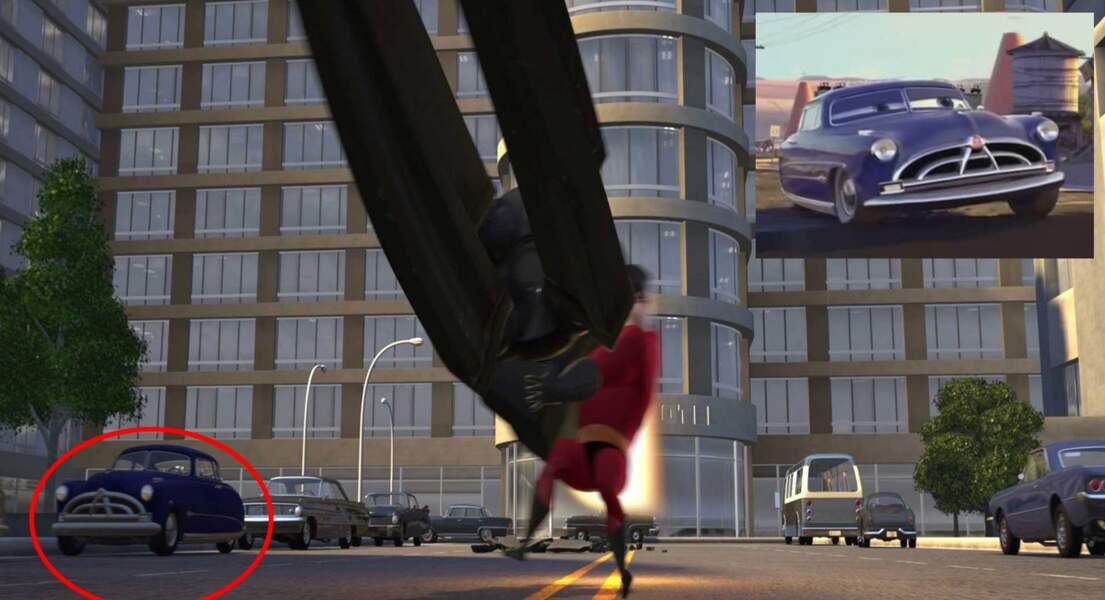 Les Indestructibles : Doc Hudson (Cars) stationne tranquillement