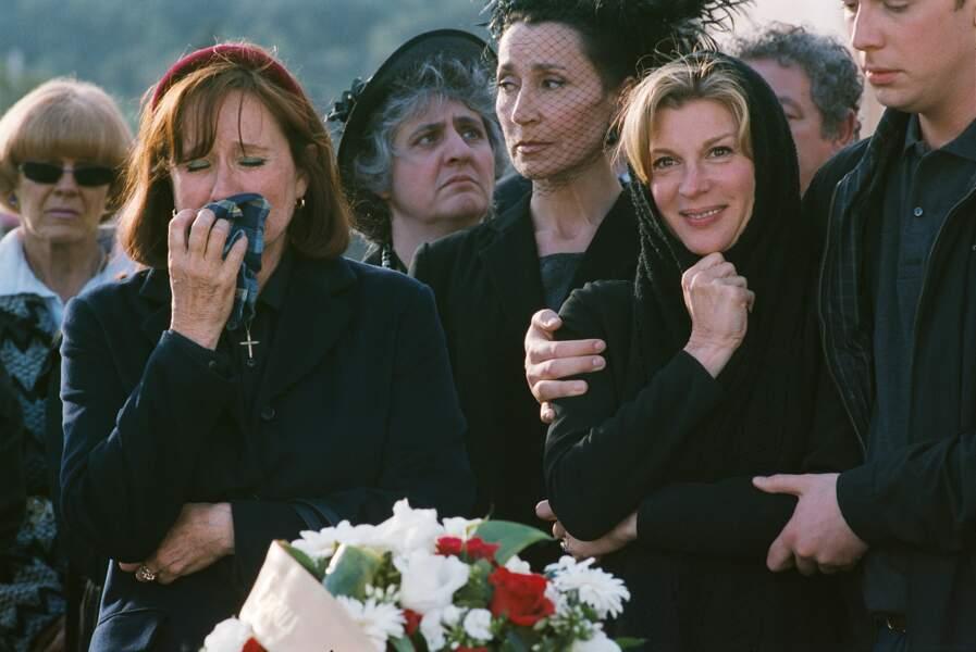 Enfin veuve (2008): inconsolable après le décès de son mari ?