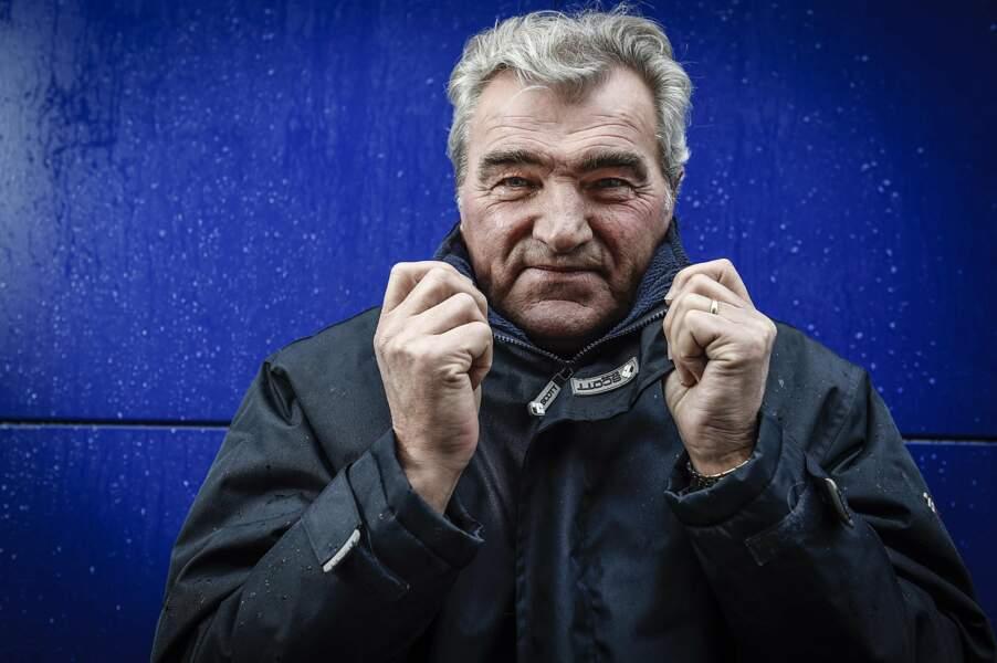 Après avoir entraîné Brest Armorique FC entre 1991 et 1993, Yvon Le Roux profite de sa retraite en Bretagne