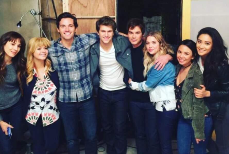 Pour les fans, c'est le moment de dire au revoir au casting de la série.