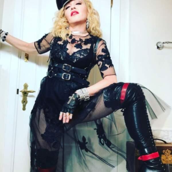 Sobriété et distinction : Madonna dans toute sa splendeur.