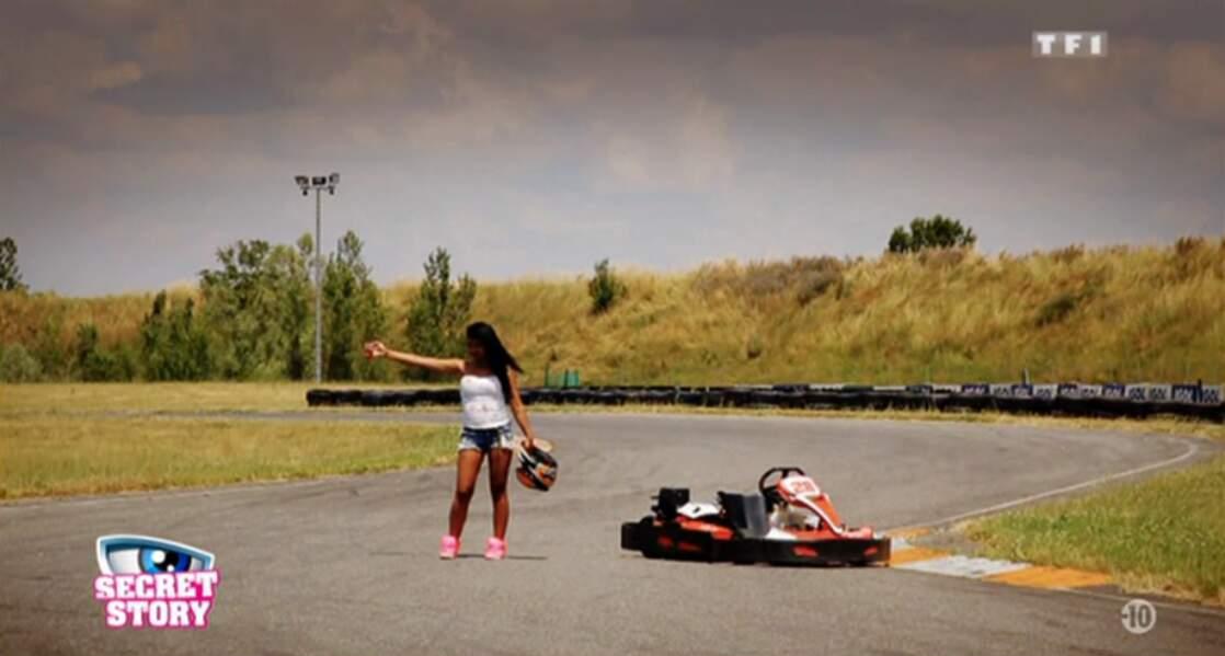 Faire du stop sur une piste de karting ? Elle a de l'espoir, Jessica