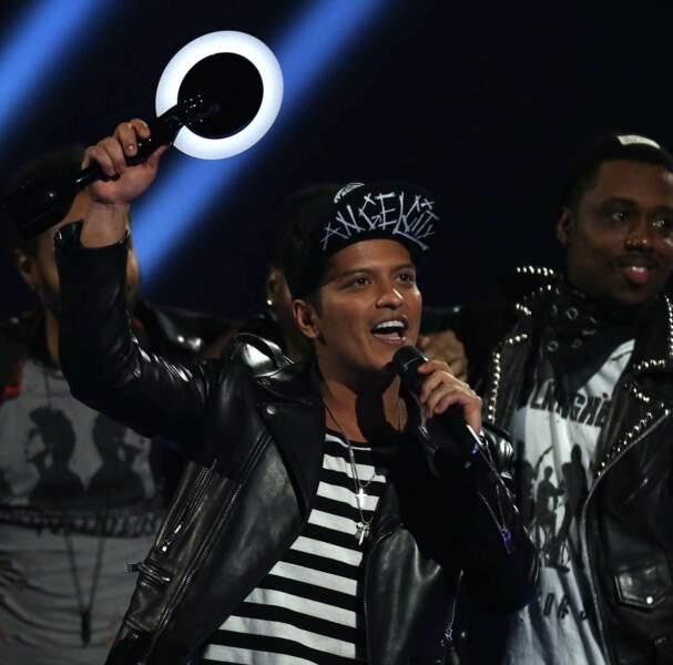 Bruno Mars avait sorti sa marinière pour son award de l'artiste international de l'année