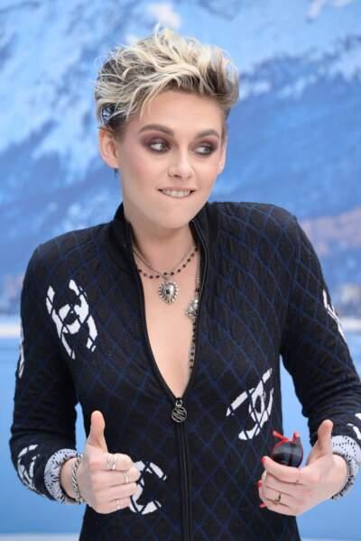 Kristen Stewart tout schuss en combinaison