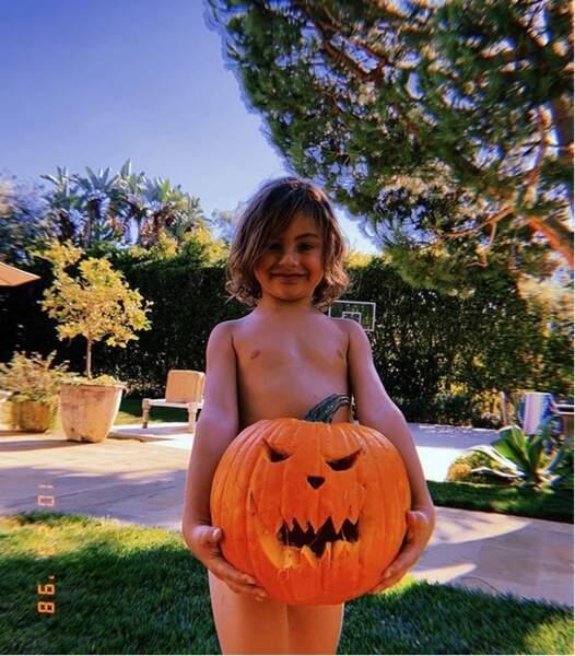 Tandis que chez les Ambrosio c'est déjà Halloween...