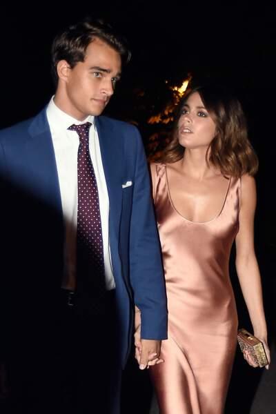 Violetta est une femme amoureuse : voici Martina Stoessel et son compagnon Pepe Barroso.