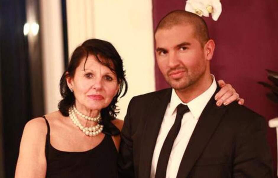 Alban a trouvé l'amour auprès d'une demoiselle faisant partie de la prod' de l'émission. Papa, il est DJ à Paris !