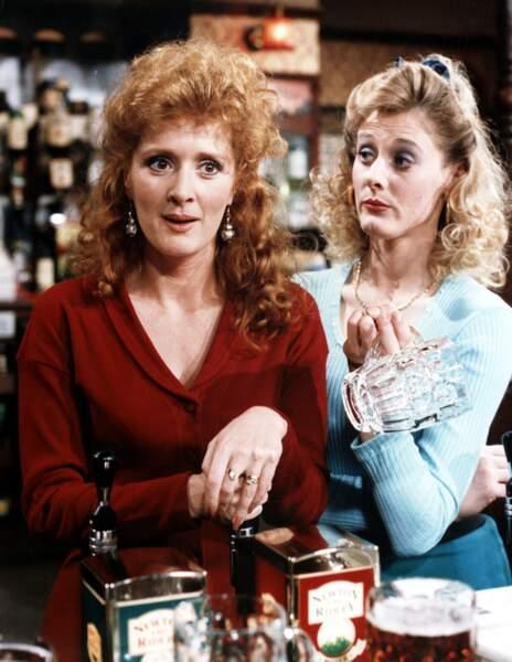 Sarah Lancashire, tout en brushing, dans Coronation Street dans les années 90.