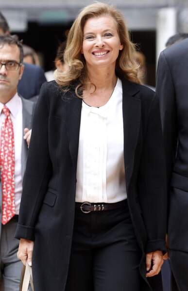 58. Valérie Trierweiler (@valtrier) - Journaliste et 1ère dame de France (255 360 followers)
