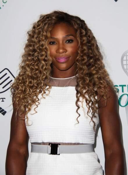Serena Williams lionne des tapis rouges