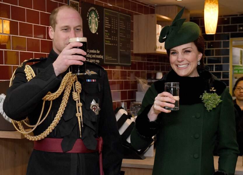 Pas de panique, Kate boit de l'eau !