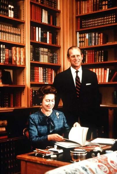 C'est au prince Philip que la reine fait toujours relire ses discours