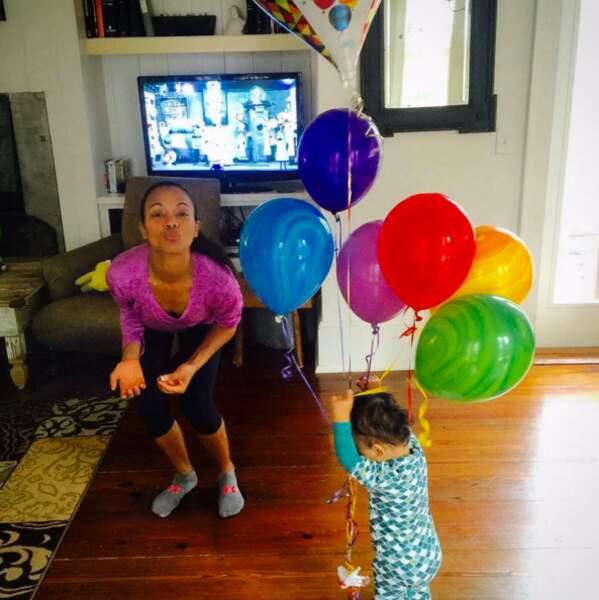 Le mercredi chez Zoe Saldana : la grosse bamba.