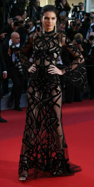 Regardez cette incroyable robe portée par Kendall Jenner !