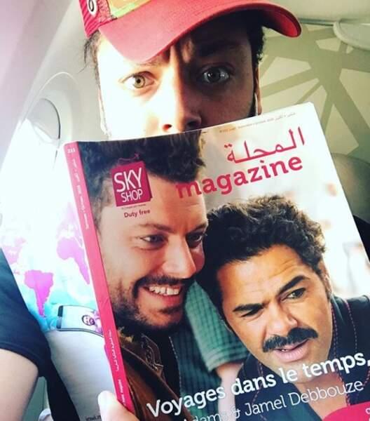 Kev Adams heureux de pouvoir se lire, même dans l'avion