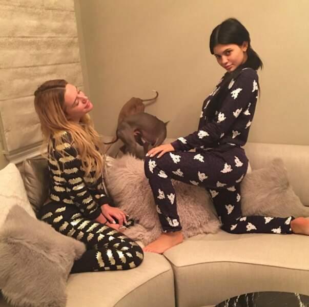 Et n'oubliez pas d'enfiler votre plus beau pyjama. Un vrai cette fois.