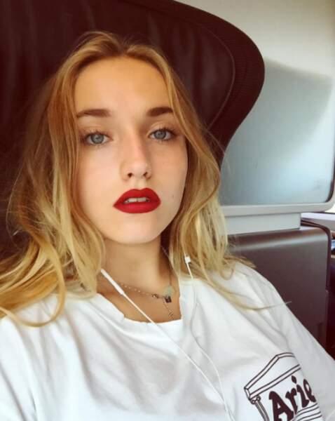 Joli rouge à lèvres