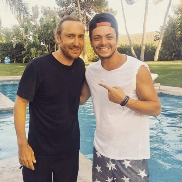 Du coup, il rencontre très souvent des stars. David Guetta...