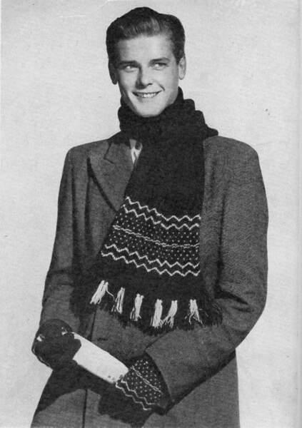 Voyez comme une écharpe et des gants, amoureusement tricotés, rehaussent l'élégance du fringant Roger Moore
