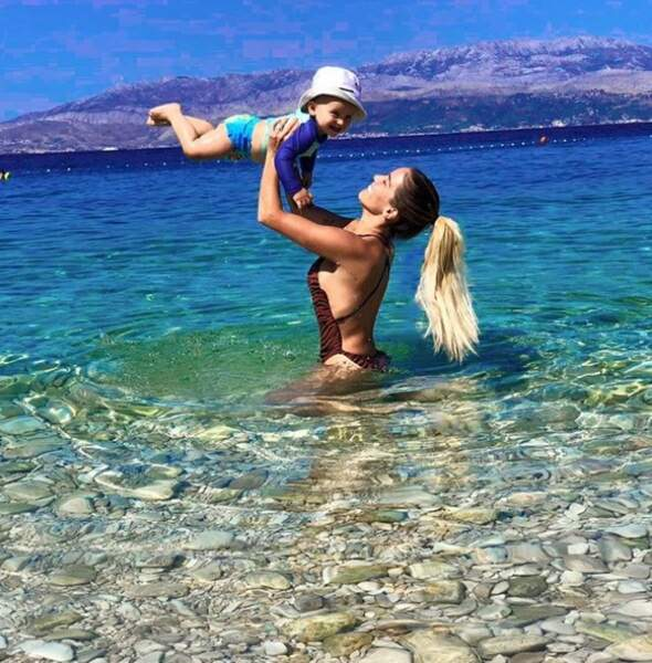 Manon Marsault et son petit Tiago