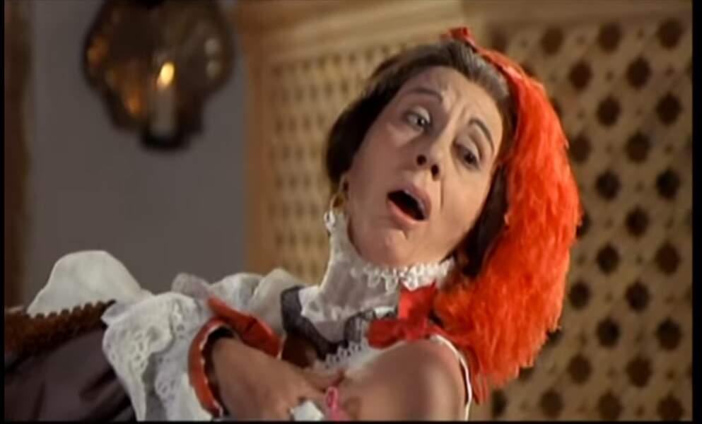 Le plus hilarant : la duègne Alice Sapritch se lâche devant Yves Montand dans La folie des grandeurs.