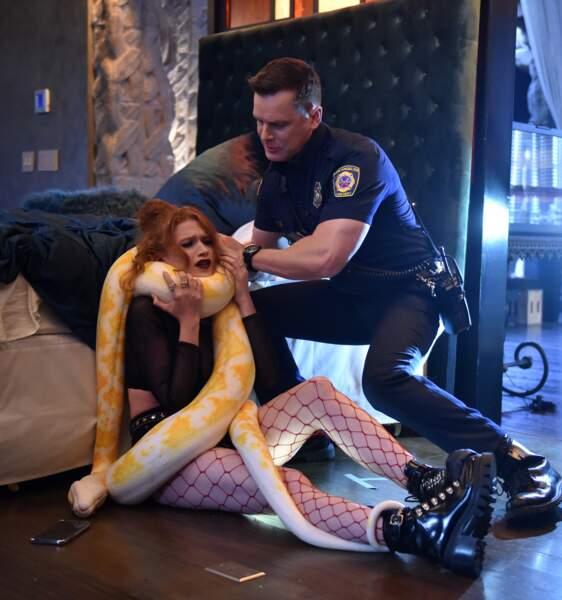 mais aussi ...sauver une jeune fille d'une probable strangulation...