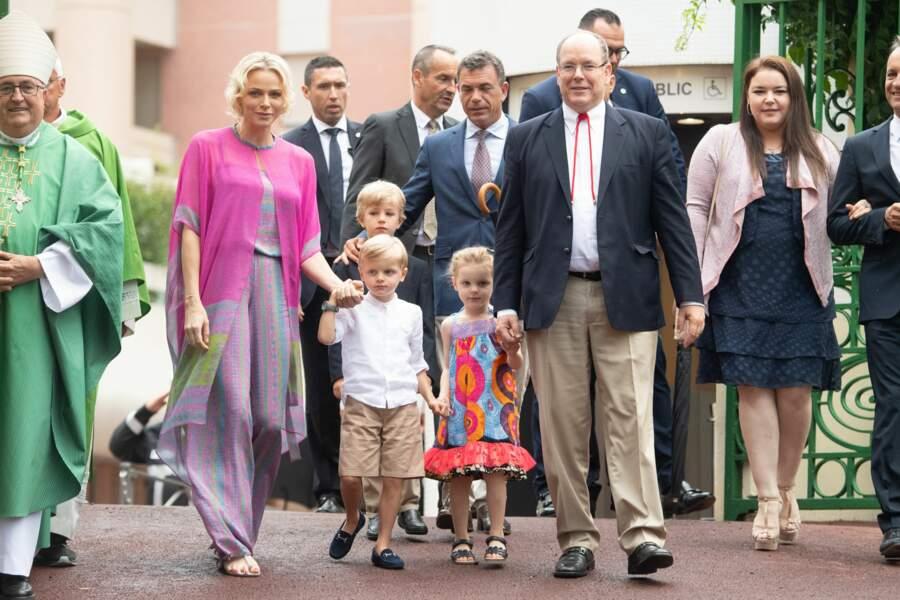 La famille princière a fait une arrivée remarquée