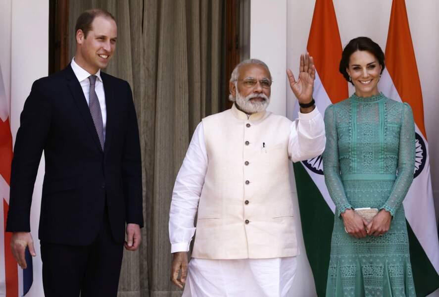 Et hop une nouvelle tenue et une nouvelle rencontre : avec le Premier ministre d'Inde Narendra Modi