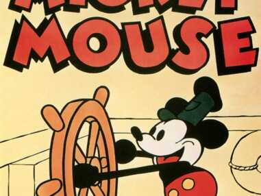 Mickey Mouse fête ses 86 ans ! Son évolution physique de 1928 à aujourd'hui...