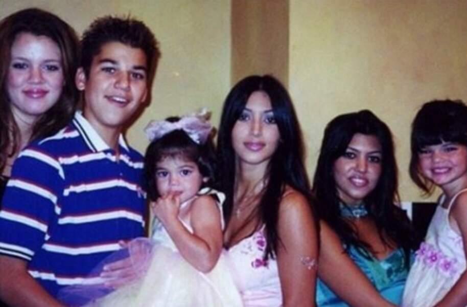 D'ailleurs, voici la famille Kardashian-Jenner il y a quelques années. Qui a le plus changé selon vous ?