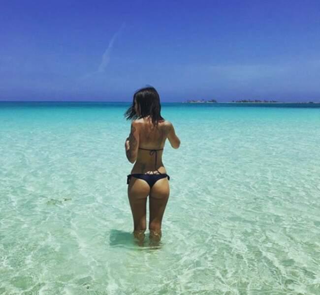 Elle adore aussi les voyages, comme ici à Cuba