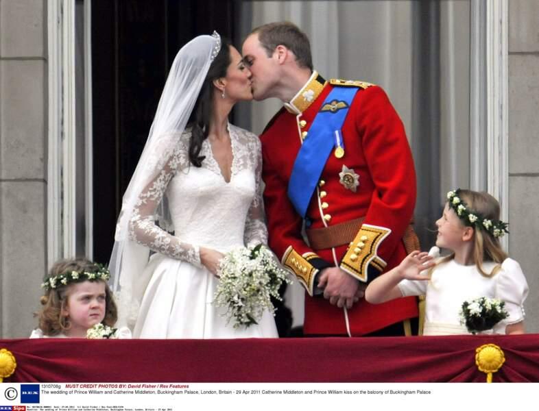 Le mariage est suivi par la planète entière