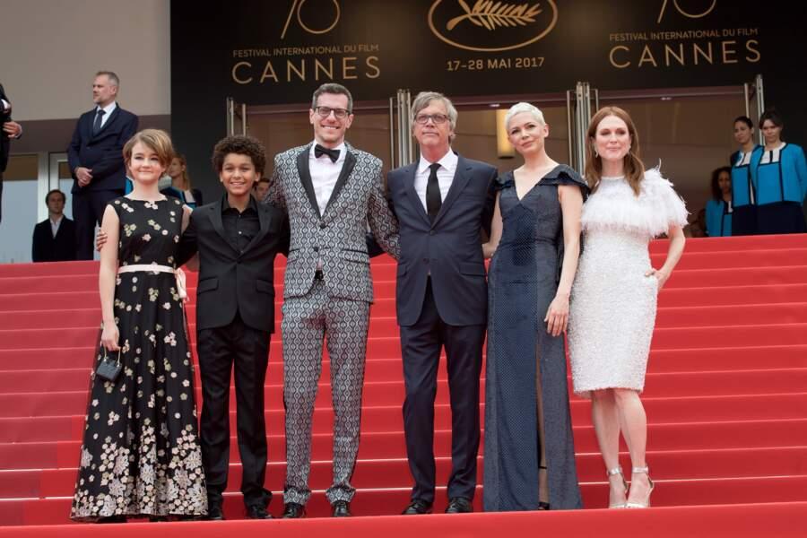 """Plus tôt dans la journée, l'équipe du film """"Wonderstruck"""" a aussi monté les marches du Festival de Cannes"""