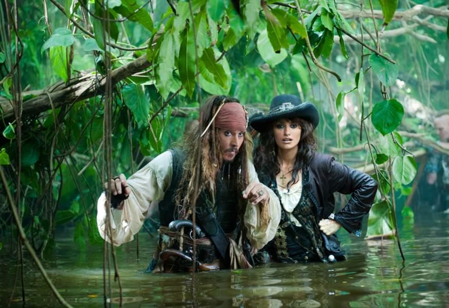 Pirates des Caraïbes 4, la fontaine de jouvence (2011) : Penelope Cruz en pirate caliente !