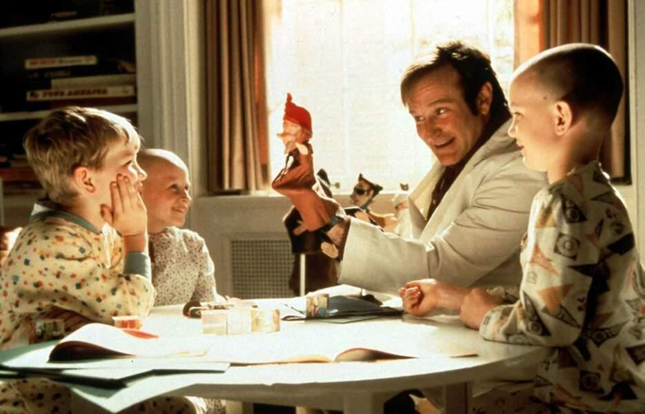Robin Williams dans la comédie dramatique Docteur Patch en 1998