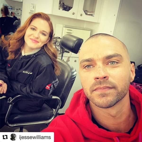 La complicité entre Jesse Williams et Sarah Drew ne s'arrête pas à la série, ils sont devenus de bons amis