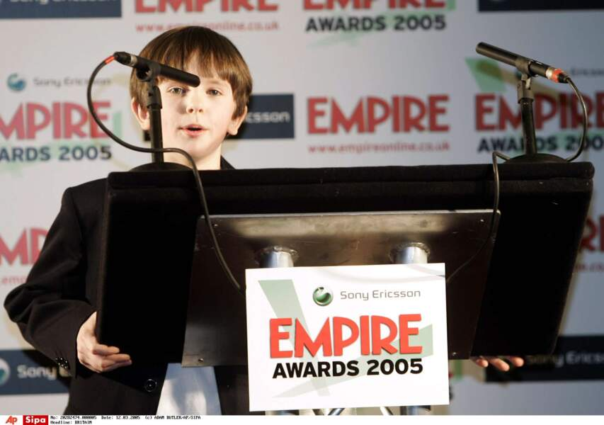 """En 2005, il reçoit l'Empire Award du meilleur """"nouveau venu"""", pour le film Neverland."""