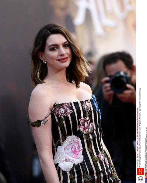 Anne Hathaway sera au centre de la série The Ambassador's Wife