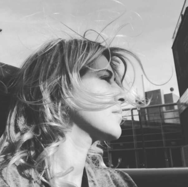 Son ex-femme, Amanda Sthers, est une meuf dans le vent.