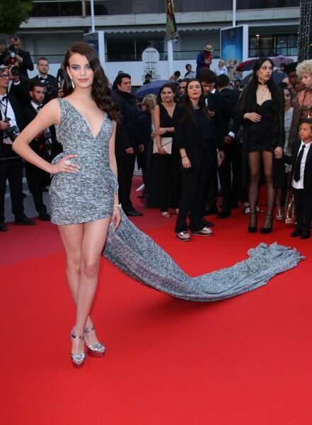 Le mannequin Sonia Ben Ammar et sa longue, longue robe