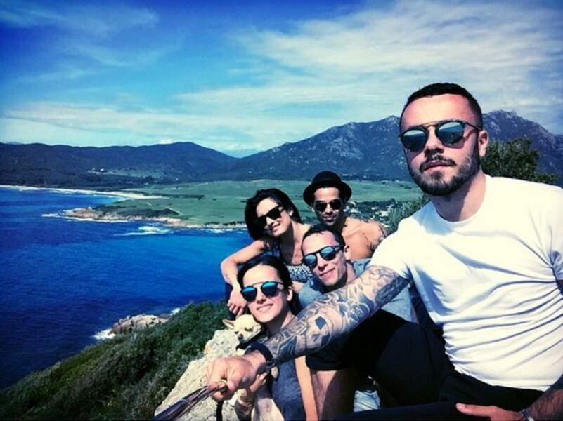 Pendant ce temps, Alizée et Grégoire ont retrouvé Christophe Licata et sa femme en Corse