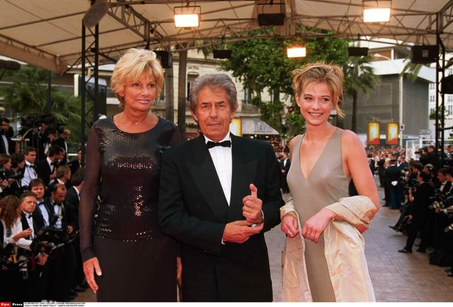 A Cannes également, avec sa femme Maryse et la fille de celle-ci en 1999